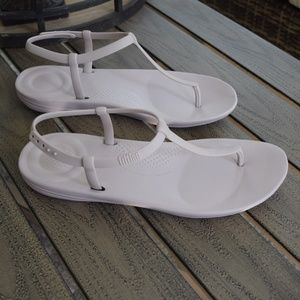Fitflop Blush Pink T Strap TPU Sandal Size 10